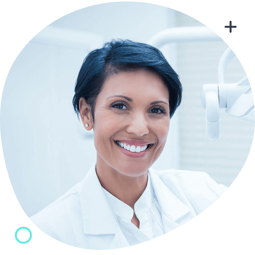 https://www.clinicasolucionsalud.es/wp-content/uploads/2020/03/doctor-01.png